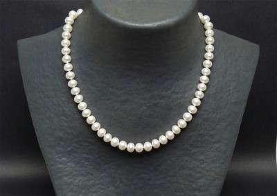 Azurite bijouterie, Bergerac. Collier en perles de culture et or
